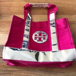 Limited Edition Tory Burch Tote in hot pink